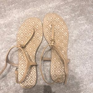 tan tory burch sandals